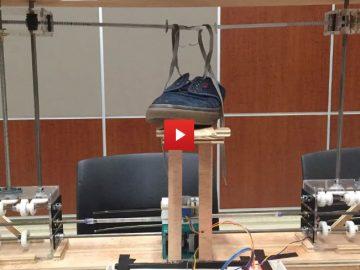 Robotar bygger IKEA stol | Duggan